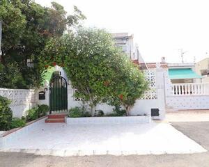 Dúplex con jardin en La Siesta , Torrevieja