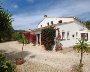 Villa de 3 habitaciones en Partida Pioco, Benissa