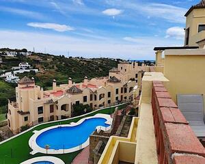 Ático en Urb. Doña Lucia Resort, Valle Romano Golf, Costa Natura Estepona