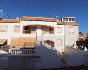 Apartamento en Urb. Altos del Limonar, Cta. Crevillente Torrevieja
