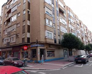 Piso con terraza en Delicias, Valladolid