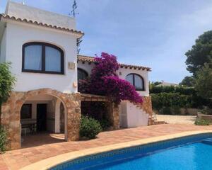 Casa de 4 habitaciones en San Jaime, Benissa