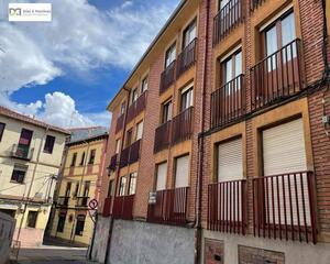 Piso con trastero en Centro, León
