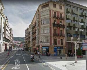 Piso con terraza en Abando , Bilbao