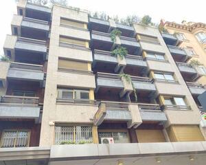 Piso con terraza en Centro, León
