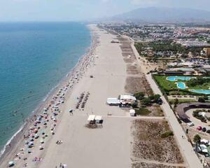Apartamento con piscina en Baria 2, El Playazo Vera