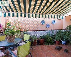 Adosado con patio en Zaidín, Granada