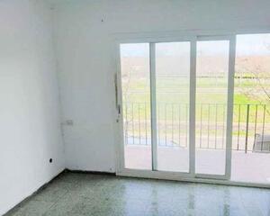 Piso de 2 habitaciones en Girona 2, Montjuïc Girona