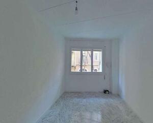 Piso de 3 habitaciones en Hostafrancs, Sants Barcelona