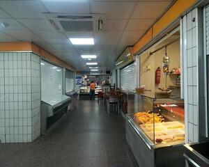 Local comercial reformado en Coia, Vigo