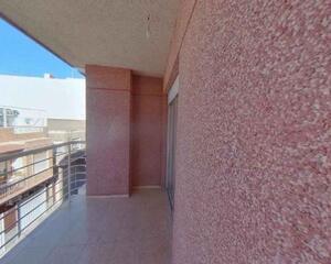 Piso de 4 habitaciones en Casco Urbano, Centro Santa Pola