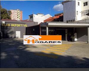 Local comercial reformado en Lavadores, Urzaiz Vigo